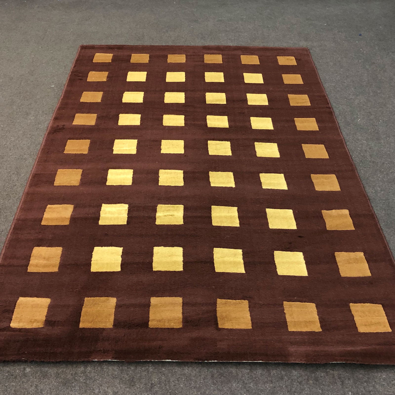 Alpha 100 - Box - Brown Beige