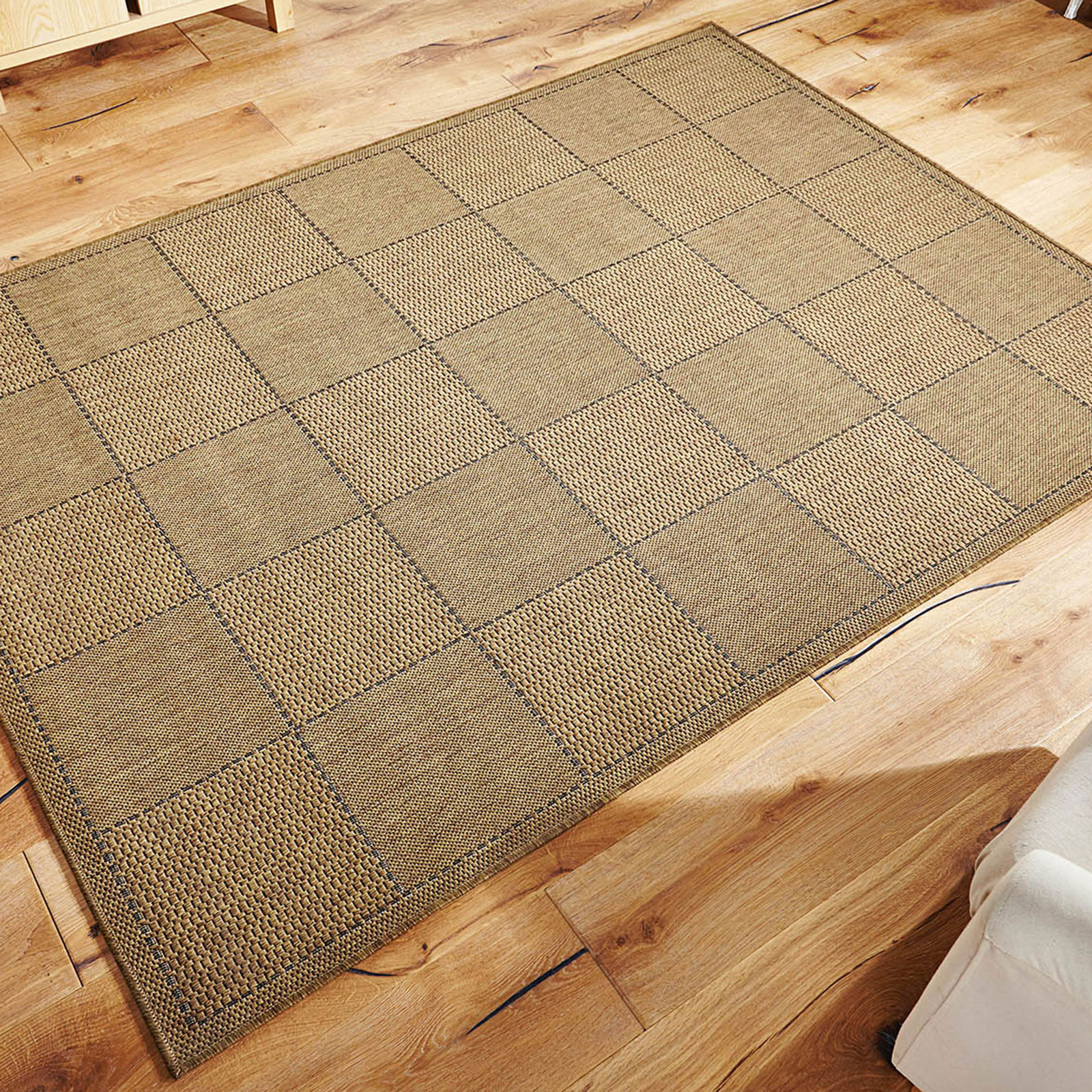 CHECKED FLATWEAVE - BROWN