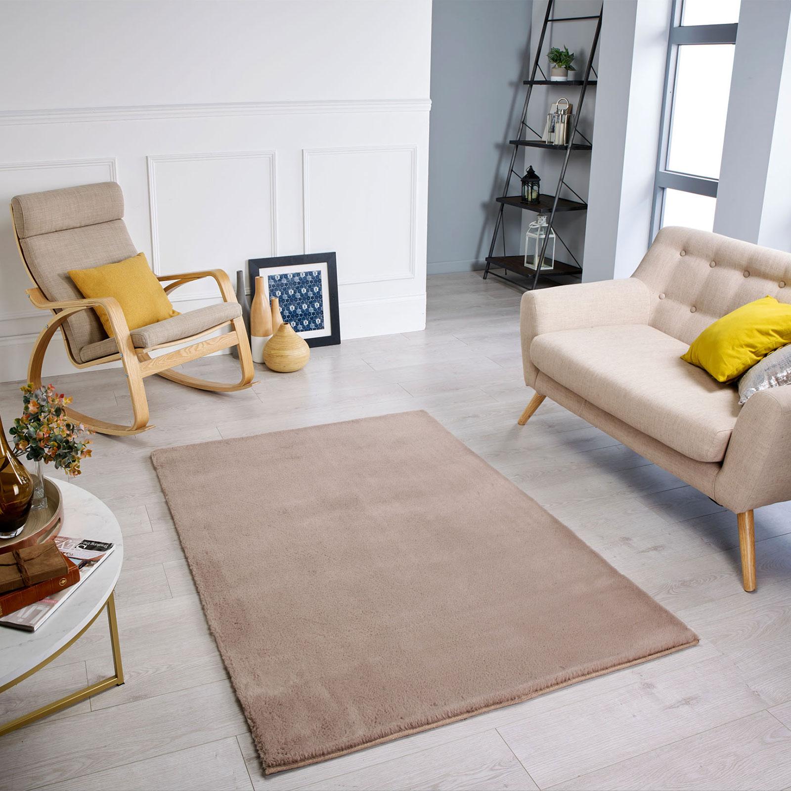 Comfy-Mink-Roomshot.jpg